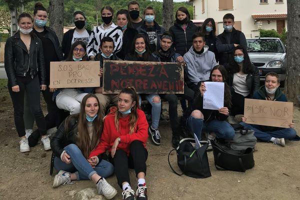 Revel (Haute-Garonne) - Les lycéens de Bac pro veulent faire entendre leur inquiétude, ils ne se sentent pas prêt pour l'examen - 5 mai 2021.