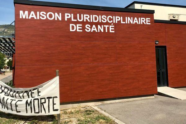 Tuchan (Aude) - la maison de santé cherche un médecin - 3 juin 2019.