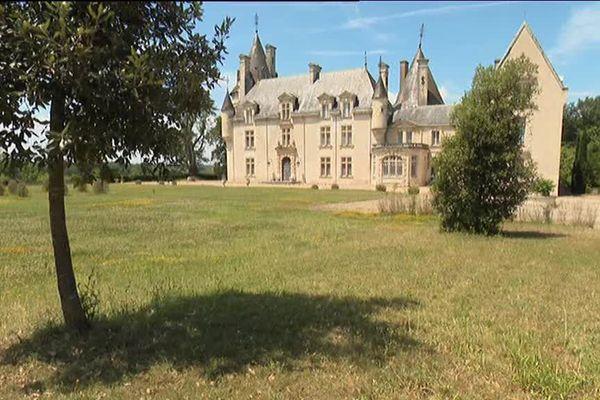 Le château Sogeant, à Saint-Caprais-de-Bordeaux, fait partie des dix châteaux saisis en avril.