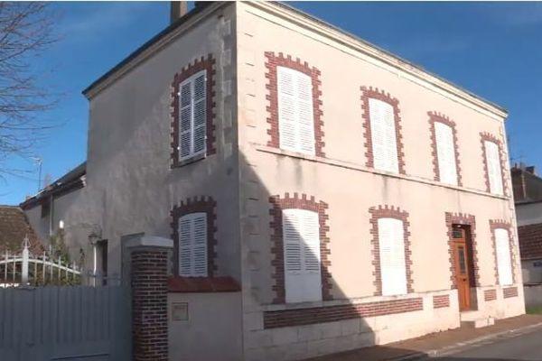 Violette Fournier a légué sa maison du centre de Gy-les-Nonains (Loiret) ainsi qu'un million d'euros à la commune