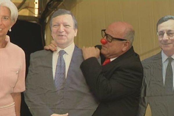 Léo Bassi, le clown satirique espagnol, était la tête d'affiche du festival