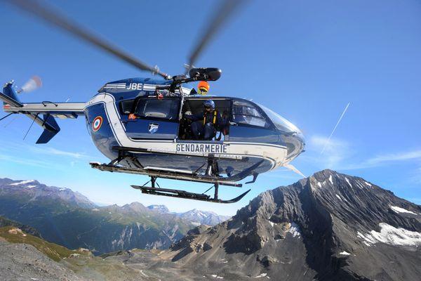 Rentrer en hélicoptère, c'est sympa, mais celui-là transporte surtout des blessés