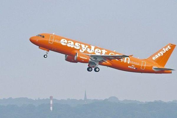 EasyJet a débarqué un enfant de 15 ans d'un vol Londres-Toulouse. Son siège avait été vendu 2 fois.