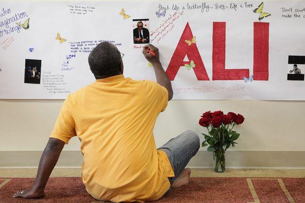 L'hommage d'un anonyme à Mohamed Ali à Louisville