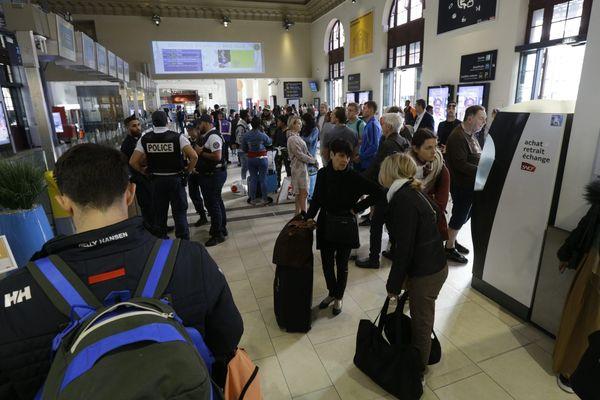 Posée sans préavis, la grève de la SNCF de ce vendredi 18 octobre a surpris bon nombre de voyageurs.