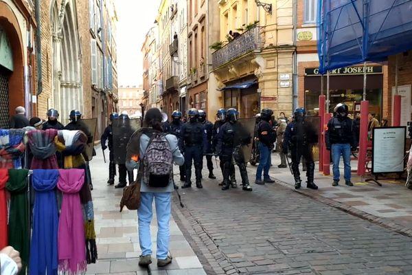 Manifestation des gilets jaunes rue du Taur à Toulouse, samedi 1er février 2020