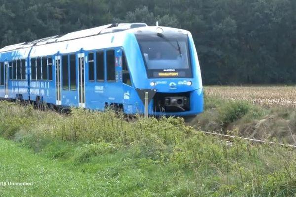 Le gouvernement mise sur un déploiement des premiers trains d'ici 2022.