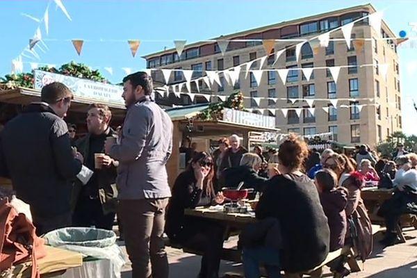 La 11e édition du marché de Noël d'Ajaccio a été marqué par quatre jours de fermeture.