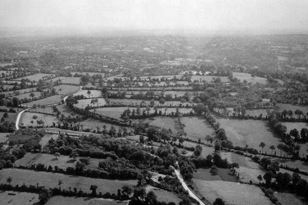 la campagne du Cotentin, vue aérienne de 1944, archives militaires