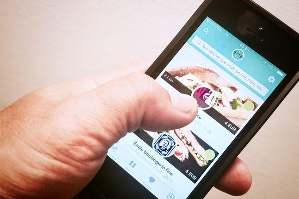 """Une dizaine de commerces sont pour le moment associés autour de l'application mobile """"Too good to go""""."""