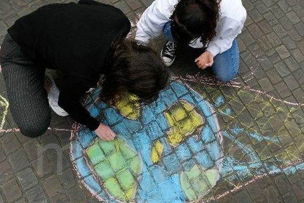 Le groupe Youth For Climate Change Orléans appelle les jeunes à manifester vendredi 15 mars. Photo d'illustration.