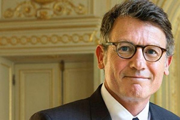 Vincent Peillon se rendra à Caen jeudi matin en compagnie de Geneviève Fioraso, ministre de l'enseignement supérieur et de la recherche