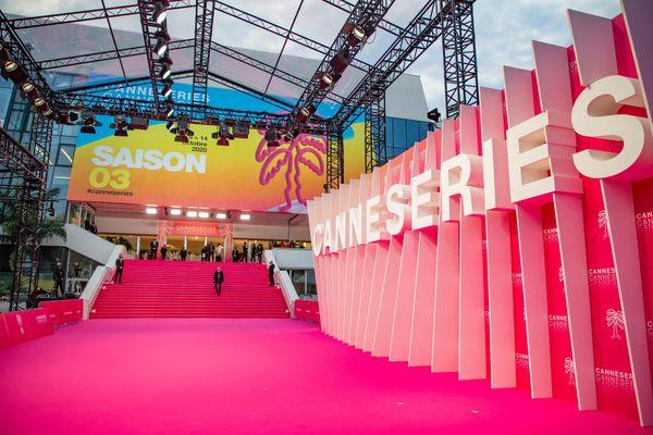 La saison 4 de Canneseries n'aura pas lieu en avril, mais en octobre, comme en 2020.