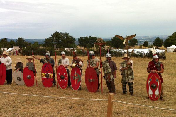 Reconstitution de bataille sur le plateau de Gergovie, prés de Clermont-Ferrand, où Vercingétorix fut le vainqueur de César.