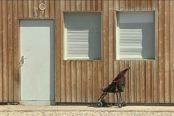 11 des 16 bungalows du site de Chapoly a St Genis-les-Ollières sont déjà vides