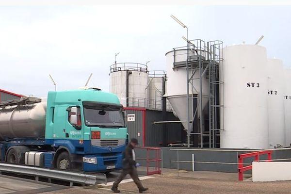 A Sotteville-lès-Rouen, l'entreprise Athalys traite et valorise les déchets liquides issus de l'industrie et des activités portuaires