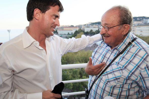 Georges Benedetti, homme politique socialiste du Gard et de Corse, avec Manuel Valls en 2011 à Bastia.