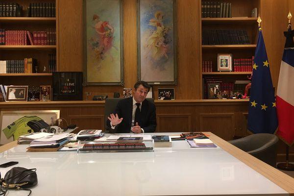 Le maire de Nice demande a avoir la liste des fichés S pour activer la reconnaissance faciale