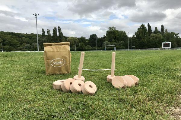 Le Snooty, un jeu de rugby en bois.