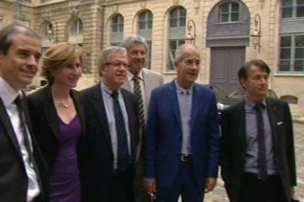 Paris - la délégation des élus du Languedoc-Roussillon au ministère des Transports pour la LGV Montpellier-Perpignan - 2 juillet 2013.