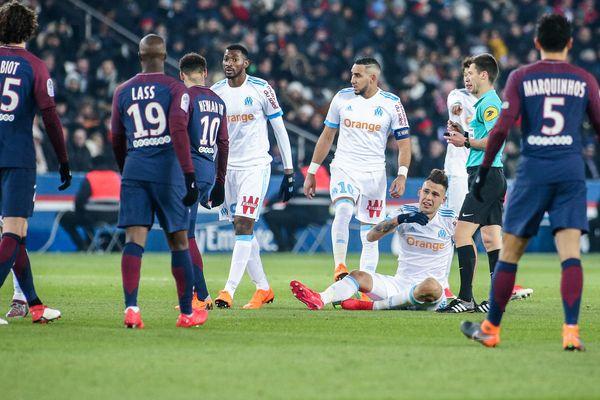 Les joueurs de l'Olympique de Marseille auront-ils la ressource pour se relever après leur lourde défaite hier soir face au PSG ? Réponse mercredi soir à 21h, en direct sur France 3.