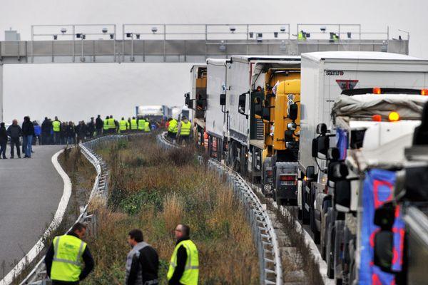 Les camions ont déjà bloqué l'A68 dans le Tarn le 16 novembre