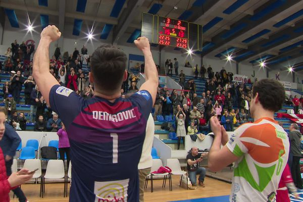 La fierté de l'arrière droit de Saint-Quentin, Eldin Demirovic, après la victoire contre Saint-Nazaire samedi soir.