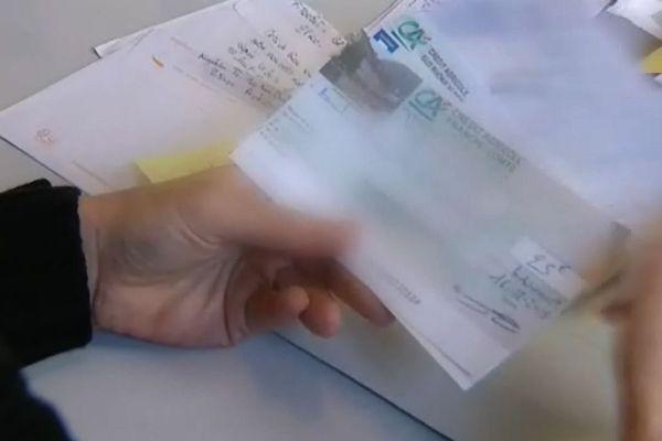 Les chèques arrivent à EELV, un appel aux dons a été lancé pour recouvrir les frais de campagne.