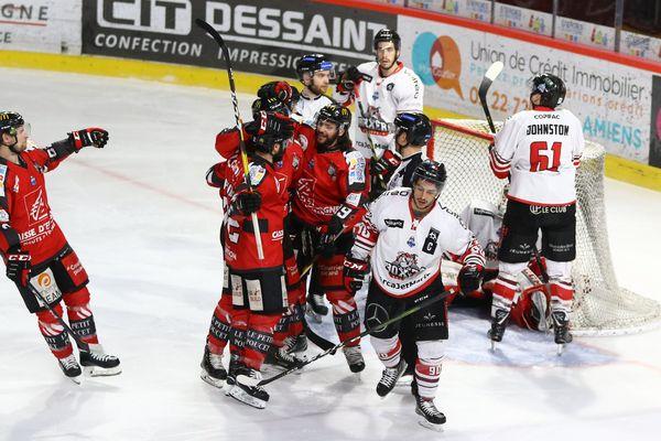 Septième confrontation lors des matchs des playoffs entre Amiens et Bordeaux le 12 mars 2019