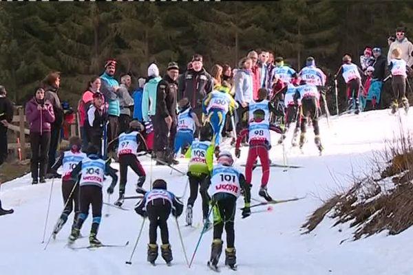 Le Tour de ski a rassemblé les jeunes fondeurs à Chaux-Neuve