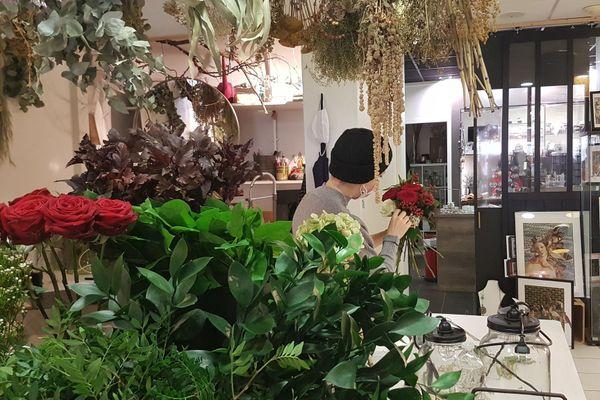 En période de Toussaint, les fleuristes sont autorisés à rester ouvert jusqu'à dimanche