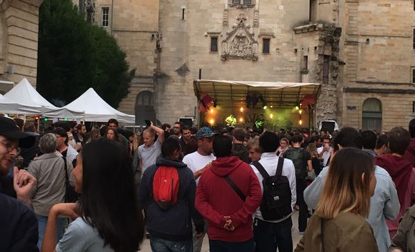 Le public est venu en nombre voir les artistes sur scène