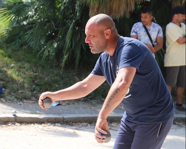 Stephane Laluyaux de l'équipe vella en pleine action
