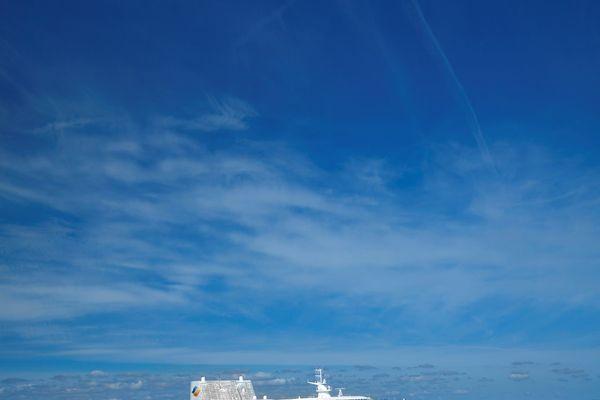 Le Pont-Aven et le Bretagne, qui naviguent habituellement depuis Roscoff et Saint-Malo ne reprendront pas la mer fin mars, comme prévu. Faute de passagers, certaines liaisons de la Britanny Ferries attendront au moins mi-mai pour démarrer la saison.