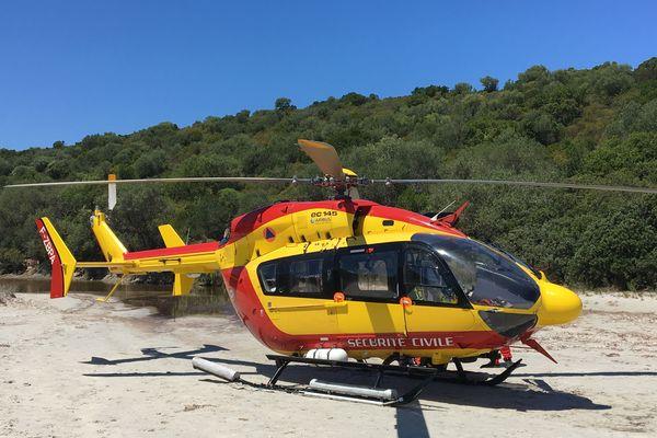 Illustration. L'hélicoptère de la sécurité civile Dragon 2B.