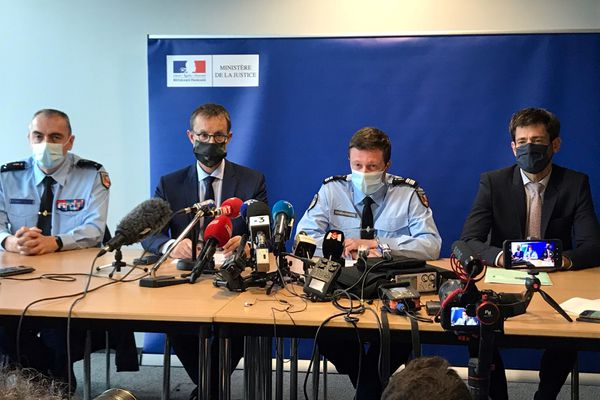 Conférence de presse du procureur de la République, Eric Vaillant, faisant un point d'étape sur l'enquête concernant la disparition de Victorine, à Grenoble, lundi.