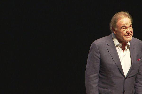 Le réalisateur Oliver Stone acclamé par le public du 12ème Festival Lumière