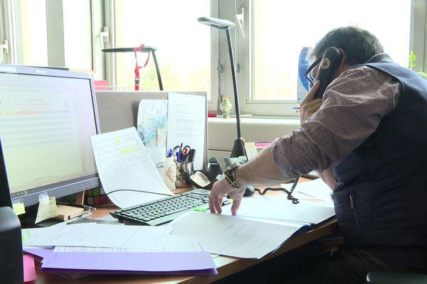 Une cellule d'information par téléphone est à la disposition du public, pour les questions concernant le Coronavirus