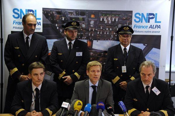 """Le SNPL ,le syndicat des pilotes d'Air France, a rejeté hier l'ultime proposition de la direction visant à reporter le projet """"Transavia Europe"""""""