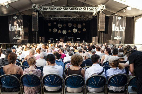 Cet été, la jauge sera réduite pour permettre une distanciation physique entre les spectateurs, tous assis