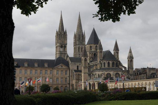 La mairie de Caen, l'Abbaye aux hommes