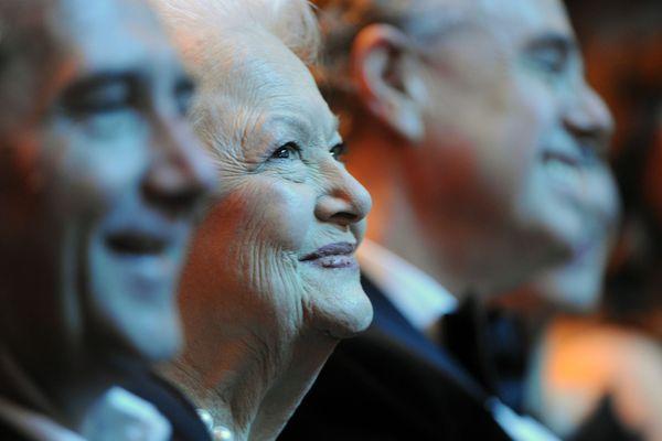La britannique Olivia de Havilland, naturalisée américaine, puis française, est née le 1er juillet 1916 à Tokyo. Elle venait de fêter ses 104 ans. L'actrice s'est éteinte à Paris où elle vivait depuis les années 50.