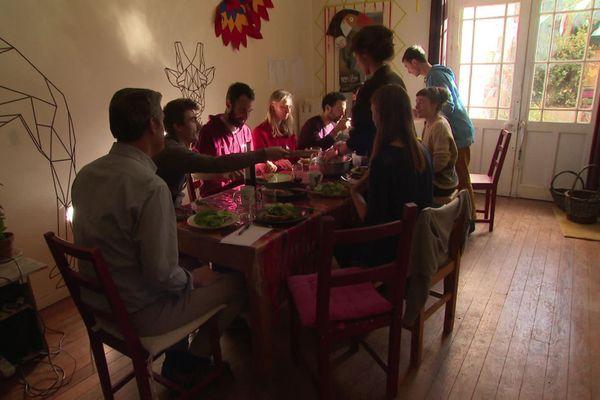 Colocation de 11 jeunes adultes actifs au centre ville de Toulouse