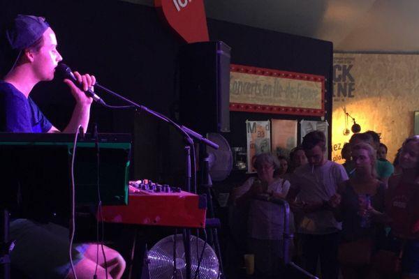 Tim Dup, sur la scène tremplin du festival Rock en Seine 2016.