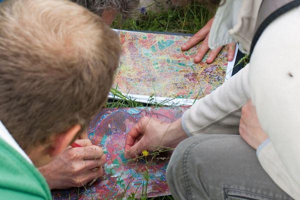 Pour la première fois en France, le Conservatoire botanique national du Massif central et le parc naturel régional Livradois-Forez (Puy-de-Dôme) viennent d'éditer une cartographie de la végétation. Un outil qui va participer à une meilleure préservation du patrimoine naturel.