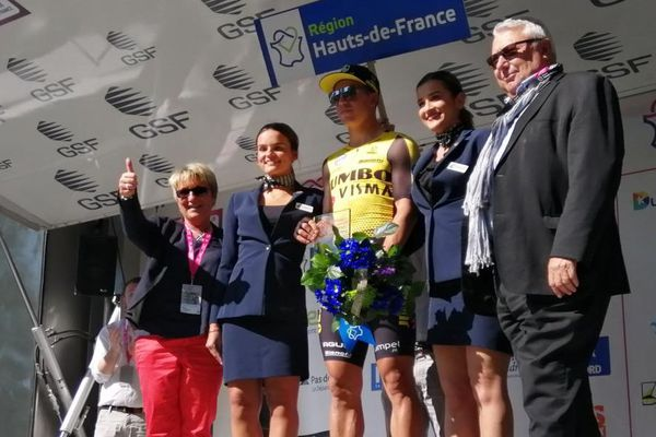 Dylan Groenewegen a remporté au sprint à Saint-Quentin (Aisne) la 2e étape des Quatre jours de Dunkerque.