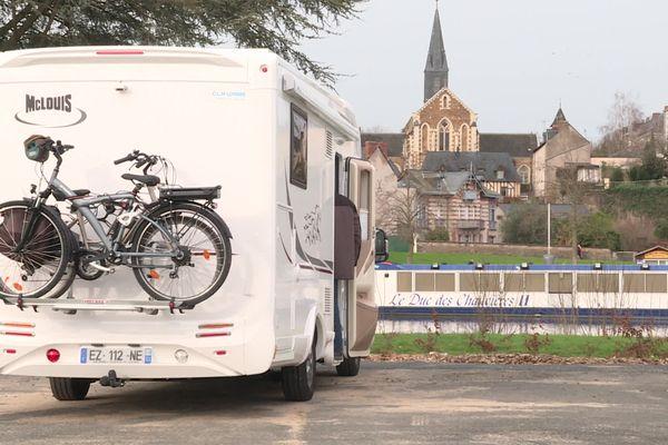 La Mayenne attire les camping-caristes