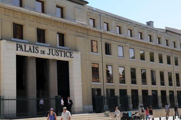 Palais de justice de Nîmes - Archives