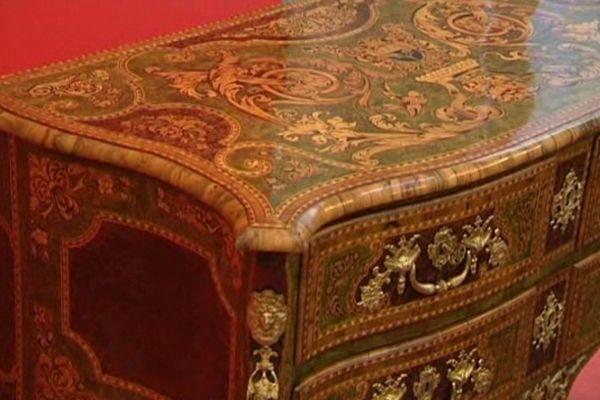 Cette pièce créée en 1730 par Pierre Hache a une valeur de 500.000 euros.