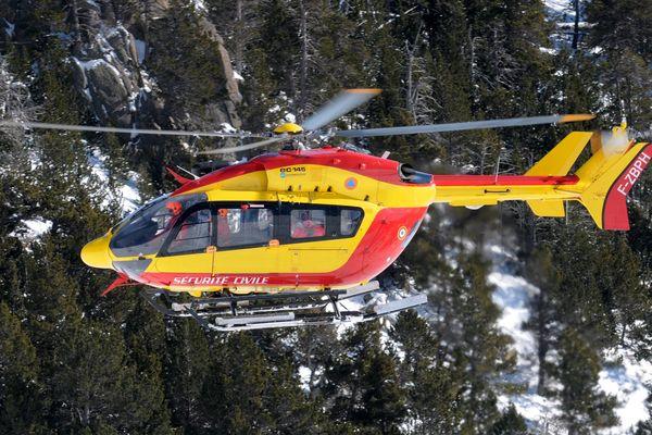 Un skieur est décèdé après une chute sur les hauteurs de Formiguères, dans les Pyrénées-orientales.